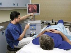 Συζήτηση με το γιατρό και εξήγηση ευρημάτων